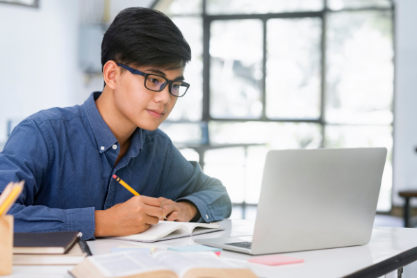 Online Learning_ Embracing The Potential Of Digital Education